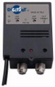 Amplificatore autoalimentato digitale terrestre regolabile 24 DB